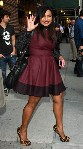 fridays-fashion-fails-lady-gaga-and-mindy-kaling-mindy_qac15r